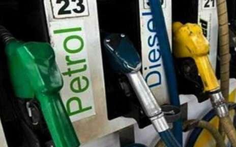 एक बार फिर रोना पड़ेगा पेट्रोल और डीज़ल के लिए, जानिए किस स्तर तक पंहुचा रेट